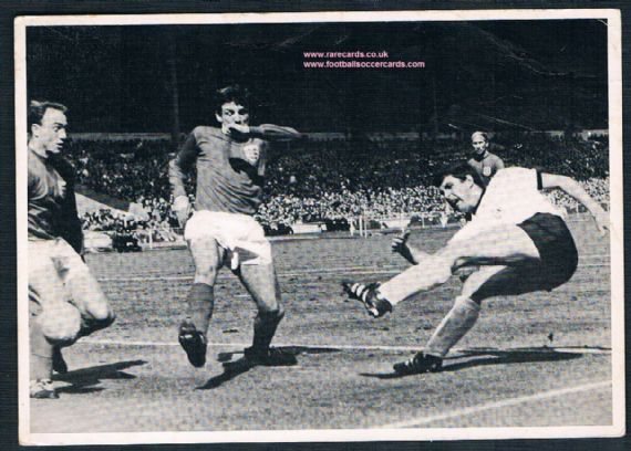 1966 Bergmann Martin Peters Nobby Stiles Bobby Charlton WC66 final postcard